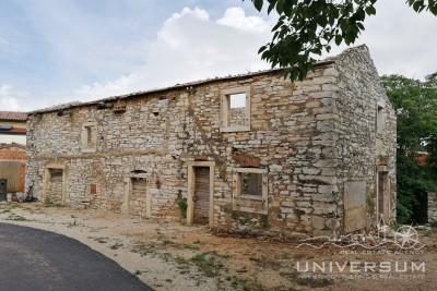 Stone house near Umag