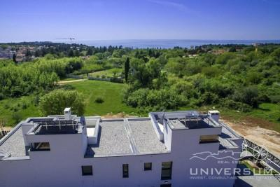 Modern villa with sea view 800 m from the sea in Porec