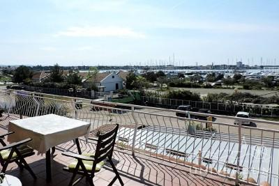Apartment in Umag in the first line to the sea